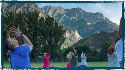 yoga montaña benasque positivo festival